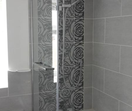 Feature wall tiling